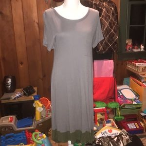 NWOT Lularoe Thermal Dipped Carly